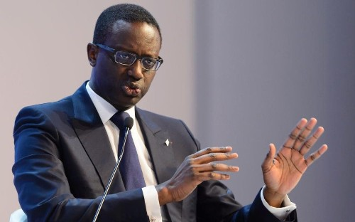 Credit Suisse caves into investor pressure and cuts executive bonuses