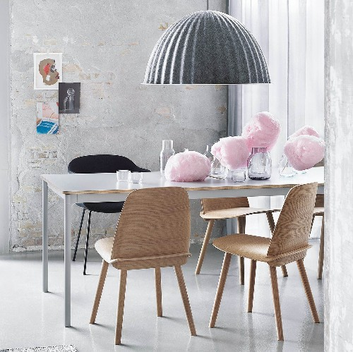 Soft pastels and raw materials to give your home an easy contemporary vibe