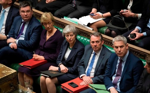 We must stand firm and reject Theresa May's Brexit deal or we will live to regret it