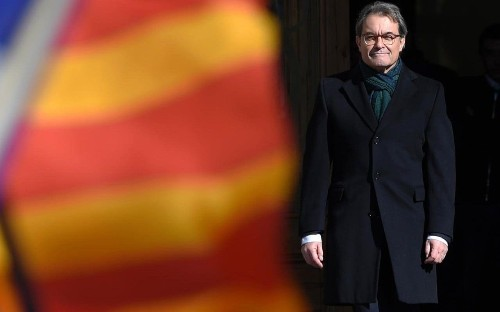 Catalan leader goes on trial for 'defying state' over independence ballot