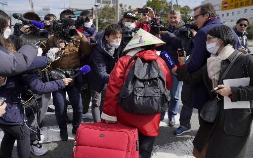 Coronavirus cruise ship passengers leave quarantine in Japan - but Britons warned about disembarking