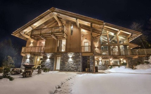 Inside the €75,000-a-week luxury chalet with its own climbing wall