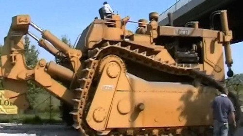 Watch: the 150-tonne super bulldozer lying dormant in Italy