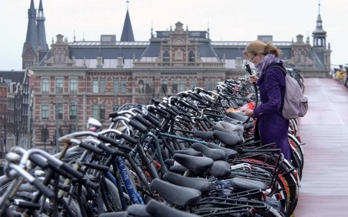 Holland struggles with the problem of the ever-expanding Dutch bicycle