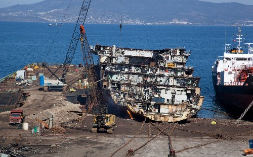 Demolition of the HMS Illustrious, in pictures