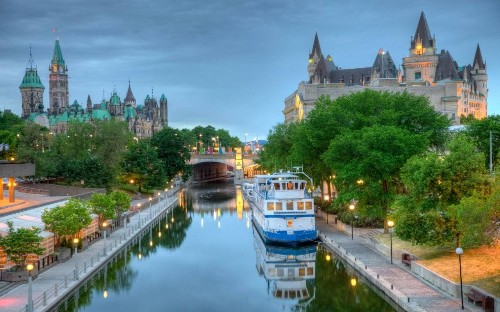 The lost art of travelling slowly: What I learned cruising Canada's Rideau Canal