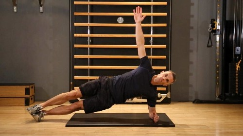 Get fit for the slopes: strengthen your core