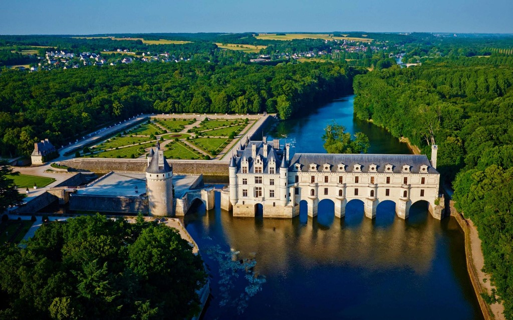 French chateaus 'face closure' due to lockdown losses and absence of foreign visitors