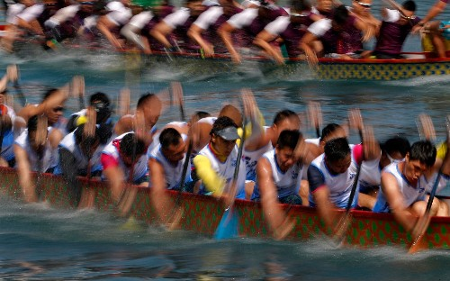 Dragon boat festival in Hong Kong harbour, in pictures