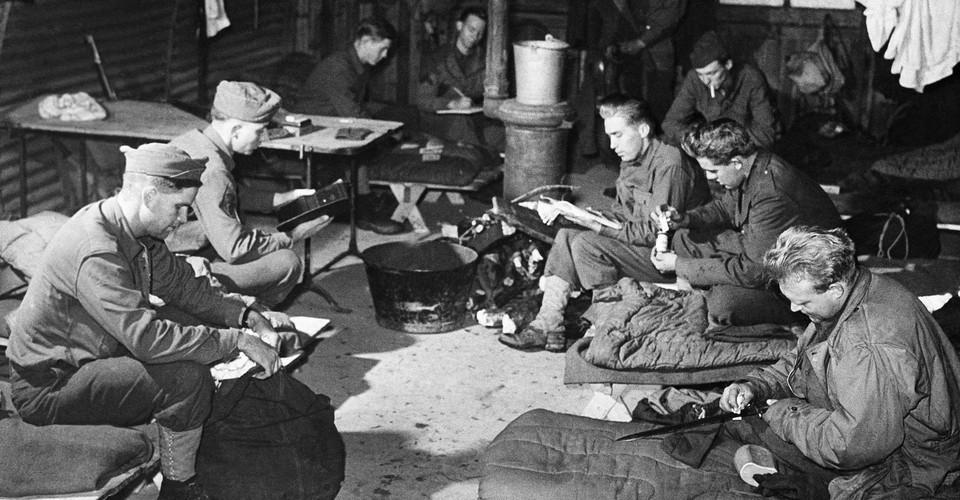 Publishers Gave Away 122,951,031 Books During World War II