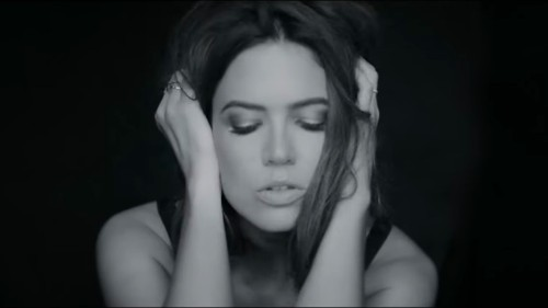 What Makes Mandy Moore's Return to Music So Poignant