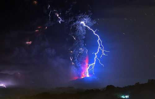 The Eruption of Chile's Calbuco Volcano