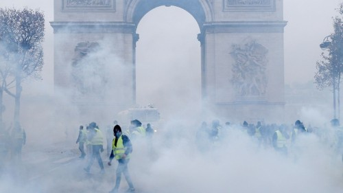 France's Fuel-Tax Protests Expose the Limits of Macron's Mandate