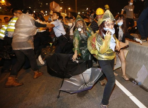 Hong Kong Police Clash With Occupy Protesters