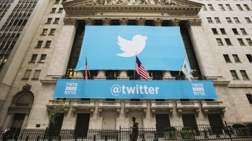 Twitter Starts to Change the Central Logic of Its Service