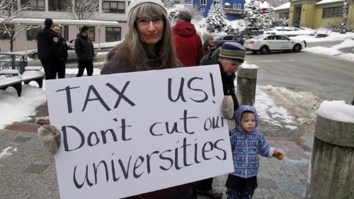 Alaska Governor Vetoes Higher-Education Funding