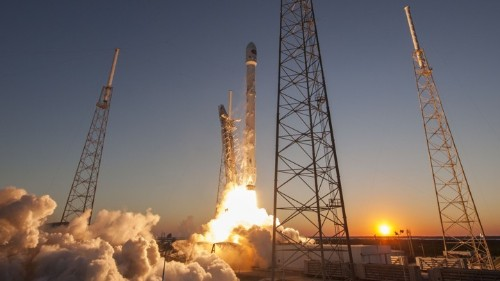 Celestial Commons: SpaceX Makes Its Photos Easier for Everyone to Use