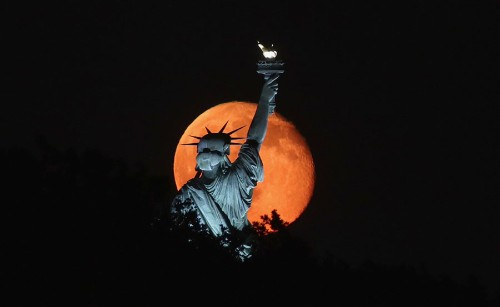 Photos: The Statue of Liberty, Mother of Exiles