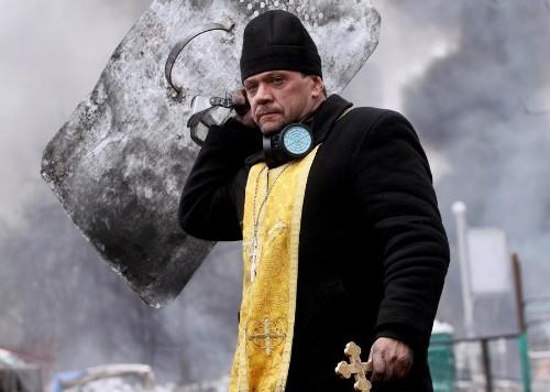 Kiev Truce Shattered, Dozens Killed