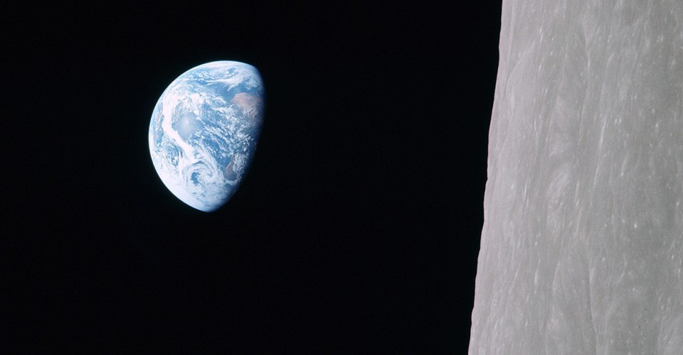 Photos: 50 Years Since Apollo 8 Showed Us Earthrise