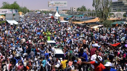 Protesters in Sudan and Algeria Have Learned From the Arab Spring