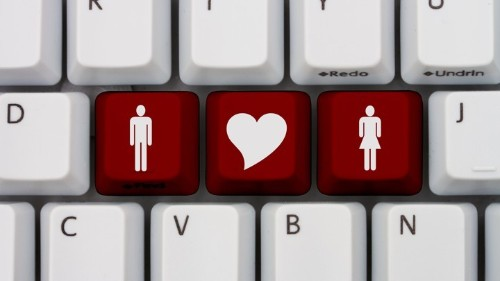 On Online Dating Sites, Hot Men Say 'Women' but Hot Women Say 'Girls'