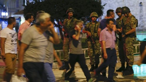 Social Media Goes Dark During Chaos in Turkey
