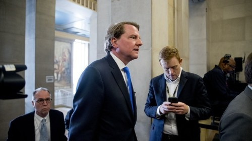 Trump to Ask McGahn to Defy Subpoena: Politics Daily