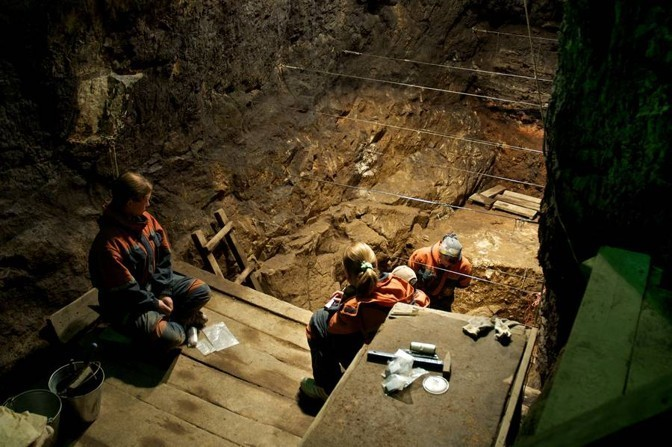 Scientists Stunned by a Neanderthal Hybrid Discovered in a Siberian Cave