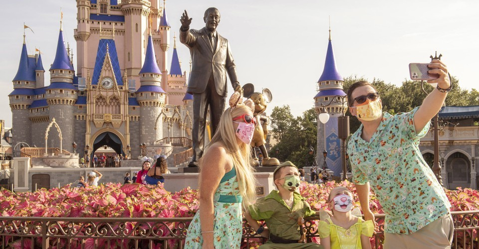 Why Is Anyone Going to Disney World Right Now?
