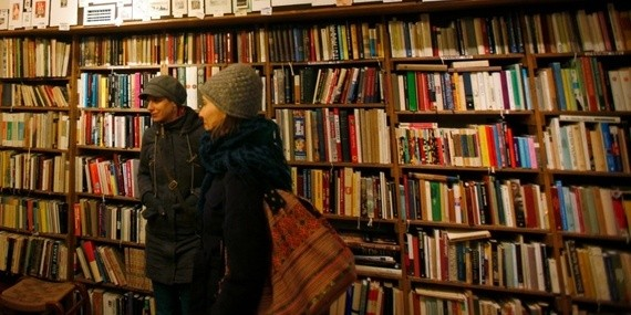 How 'Indie' Bookstores Survived (and Thrived)