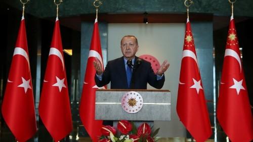 Erdoğan Tilts at Windmills as Lira's Decline Continues