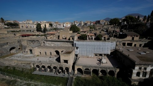 A Twist in the 2,000-Year-Old Mystery of Herculaneum