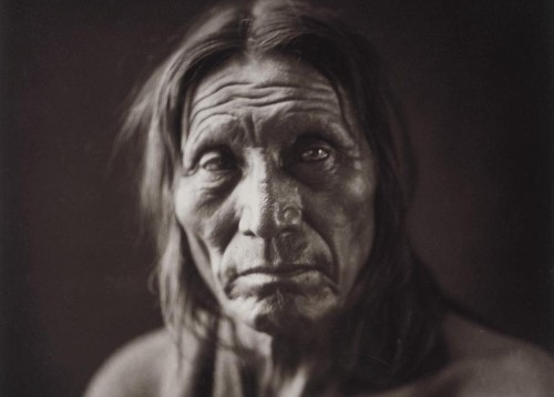 Native Americans: Portraits From a Century Ago