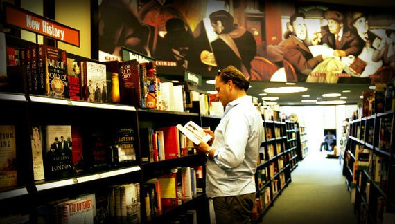 With Bookselling in Deep Turmoil, Book Sales Are on the Rise
