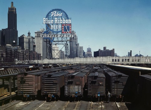 Jack Delano's Color Photos of Chicago's Rail Yards in the 1940s