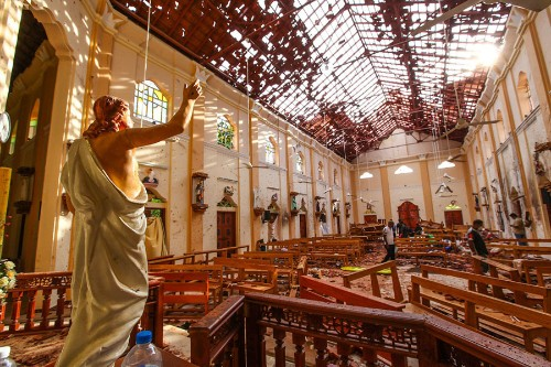Photos: Mourning and Anguish After the Devastating Attacks in Sri Lanka
