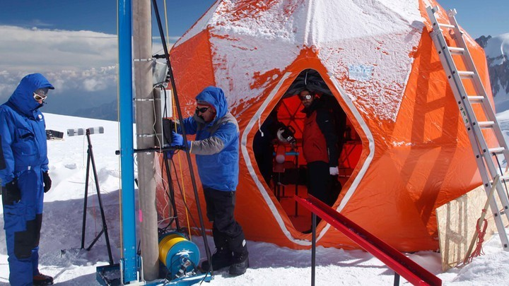 Storing Chunks of Glaciers in an Antarctic Vault