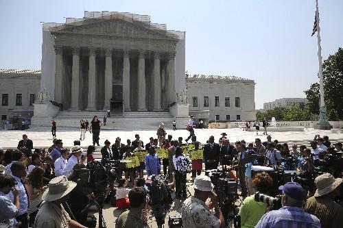 John Paul Stevens on the Supreme Court's Voting-Rights Decision