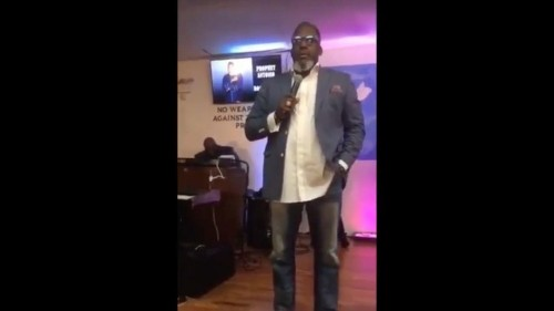 Pastor criticized for asking male church member who was dressed like a woman to leave
