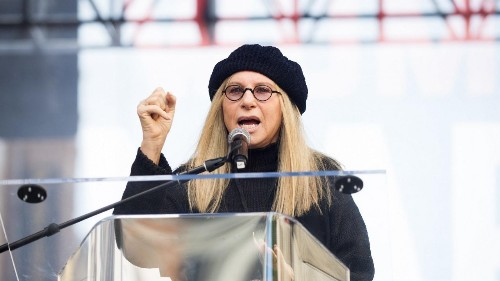 Barbra Streisand says female Trump voters 'don't believe enough in their own thoughts'