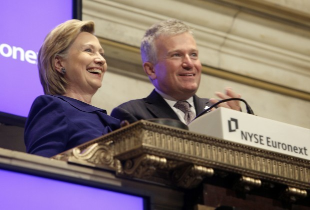 Clinton's Official State Department Calendar Missing 'Scores of Names and Events'