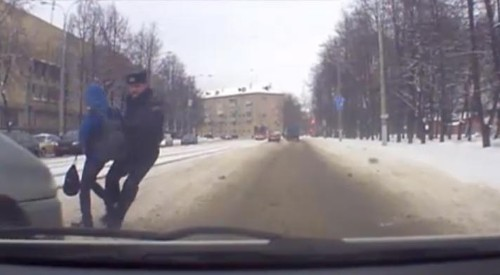 Dashcam Captures Moment Cop Is Hit by Minivan — What He Instinctually Does First Reveals His Character