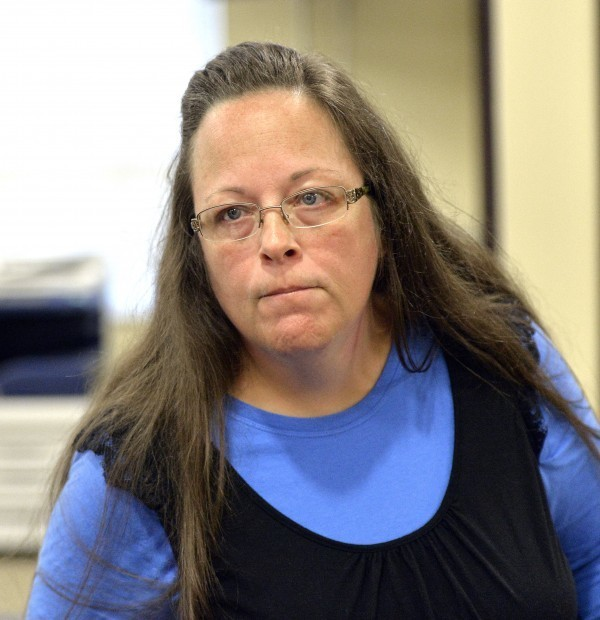 Gay Rights Group's Billboard Message Purportedly Uses 'Bible Scripture' Against Defiant Kentucky Clerk — but Which Verse Is It?