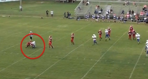 Keep Your Eye on This Middle School Quarterback and See What He Does That Has the Video Going Viral