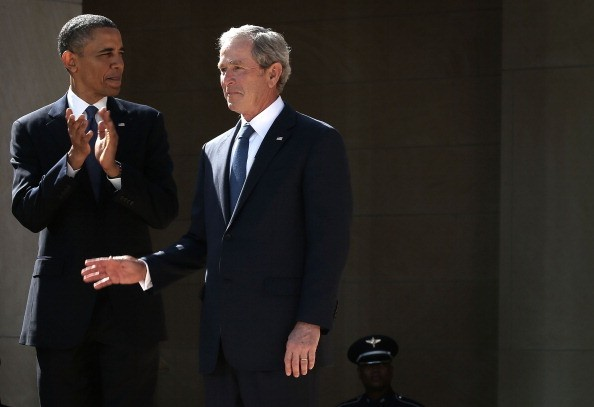 Veteran's Facebook Post Comparing President George W. Bush to President Obama Is Going Viral