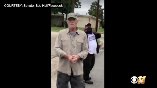 Watch: Leftist reportedly tore down GOP campaign signs in Texas, approached witness with knife