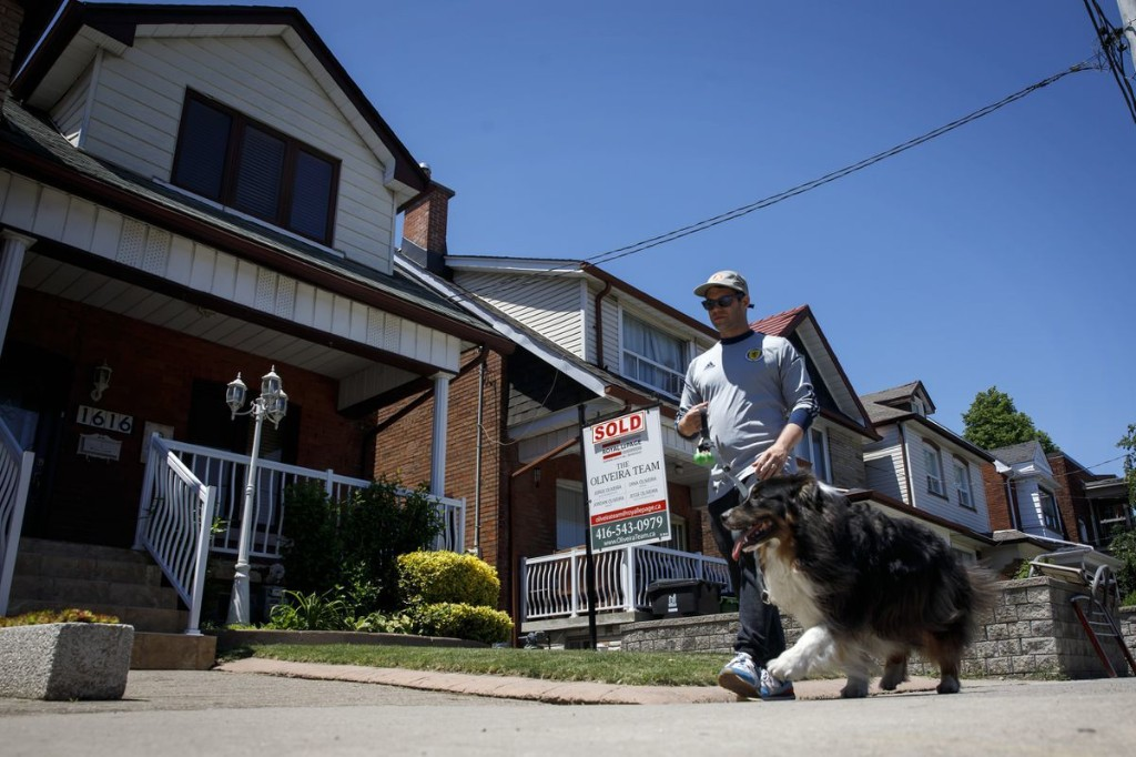 Toronto realtors see signs of a pandemic exodus