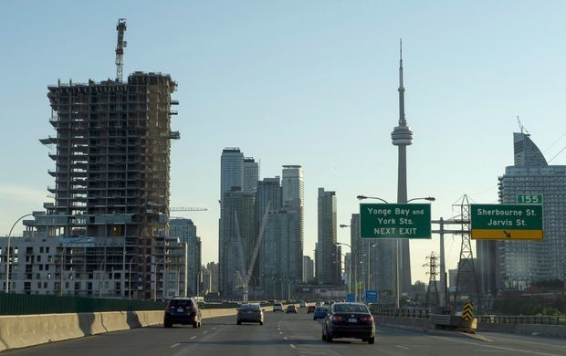 Gardiner Expressway reconstruction results in sleepless nights for many downtown Toronto residents