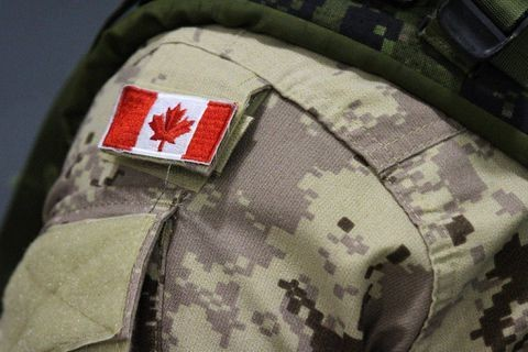 Canadian elite special forces sniper makes record-breaking kill shot in Iraq